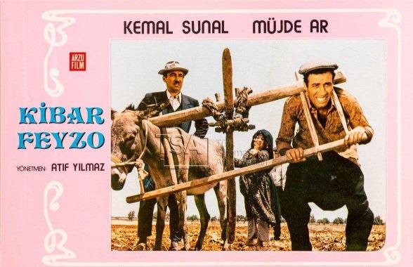 AKP'Lİ YAZARDAN KEMAL SUNAL FİLMLERİNE HAKSIZ ELEŞTİRİ