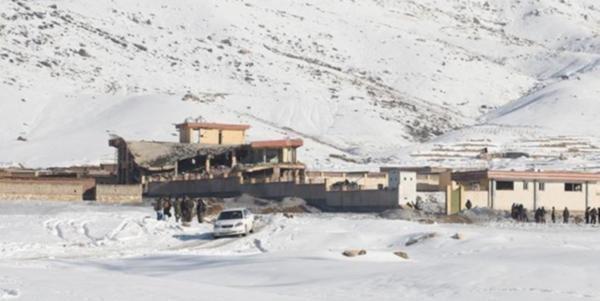 AFGANİSTAN'DA TALİBAN SALDIRDI EN AZ 126 ÖLÜ