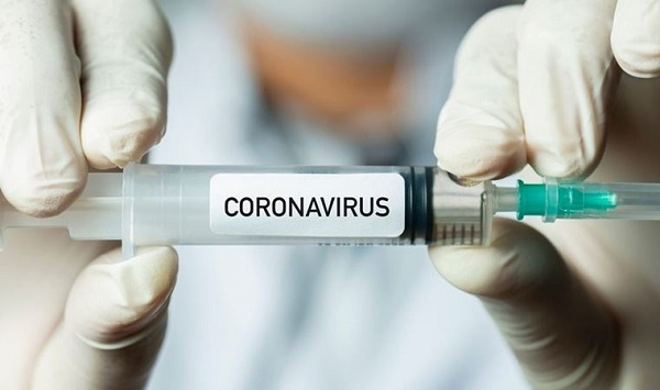 Gönüllüler, Moderna ve BioNTech/Pfizer'ın Covid-19 aşılarının yan etkilerini anlattı