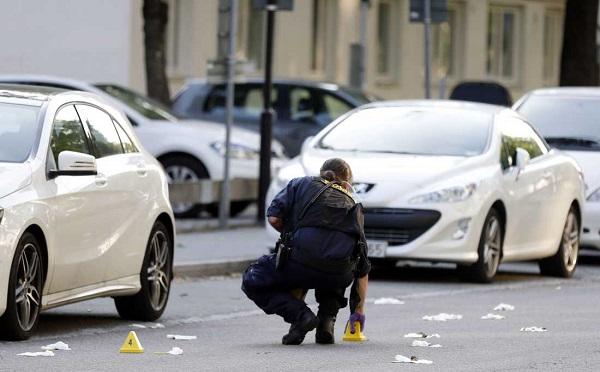 STOCKHOLM'DA ÇETELER SAVAŞI: 2 ÖLÜ