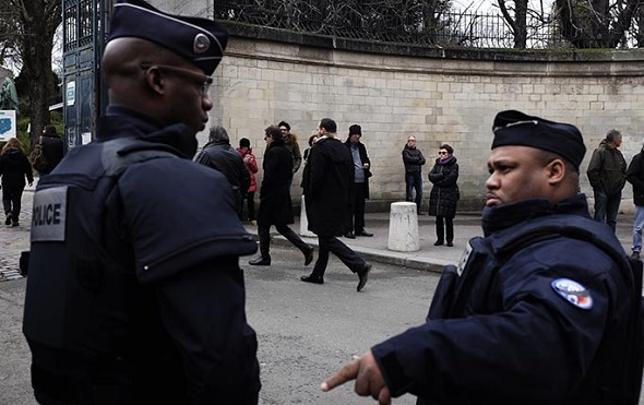 Paris Kurbanları Bugün Toprağa Veriliyor