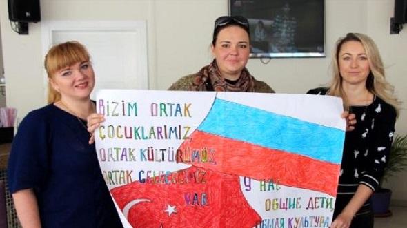 ANTALYA'NIN RUS GELİNLERİ EVLERİNE GERİ DÖNDÜ