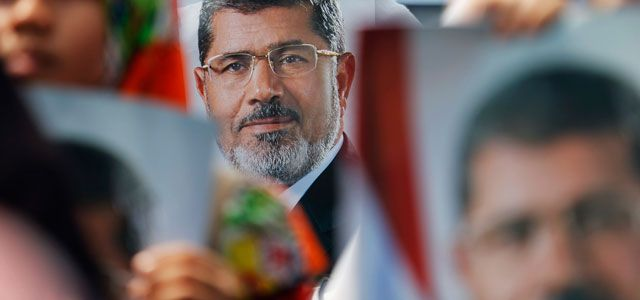 Mursi'nin tutukluluğu uzatıldı