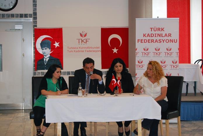 Türk Kadınlar Federasyonu'na başkan dayanmıyor