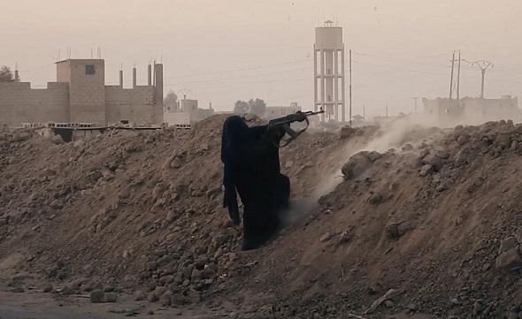 IŞİD KADIN CİHADCILARIN VİDEOSUNU İLK KEZ YAYINLADI