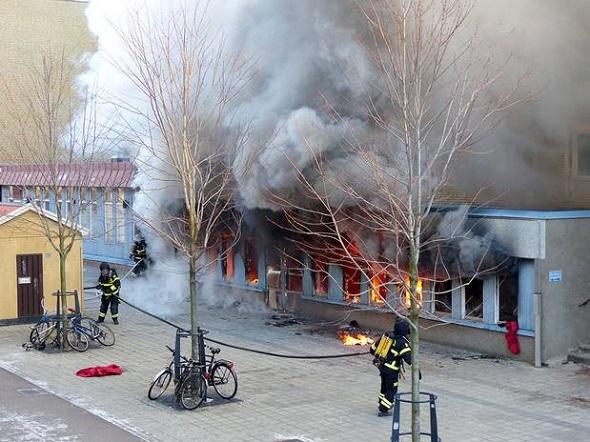 Eskilstuna'da Cami yakıldı