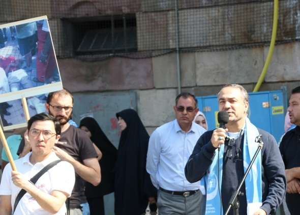 STOCKHOLM'DA UYGUR TÜRKLERİNDEN ÇİN PROTESTOSU