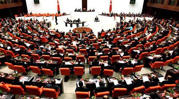 MECLİS'TE AKP SHOWU