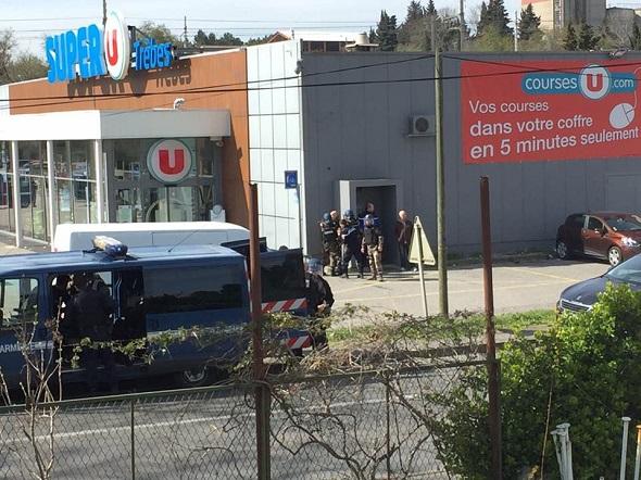 FRANSA'DA REHİNE KRİZİ!