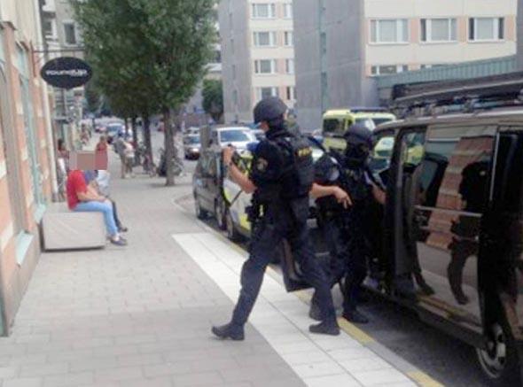 Stockholm'da Kurşunlanan Kişi Öldü