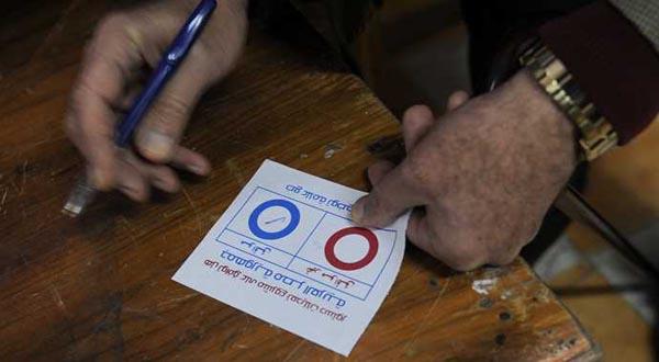 Mısır'da 'Anayasa Referandumu'nda kan aktı!
