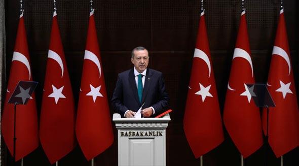 "BAŞBAKANIN DEMOKRATİK PAKETİ ""FOS"" ÇIKTI"