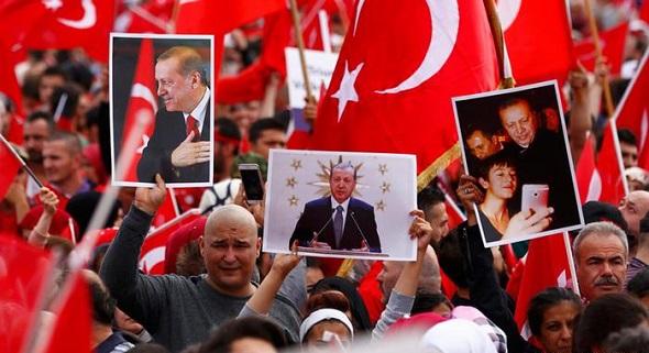 ALMANYA'DAN AKP'YE ŞOK ÜSTÜNE ŞOK