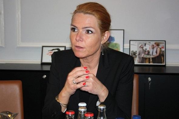 DANİMARKA İLE İSVEÇ ARASINDA PASAPORT KONTROLLERİ BAŞLIYOR