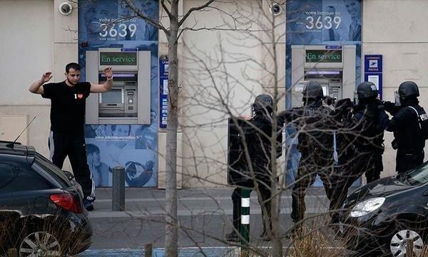Paris'te rehine krizi son erdi