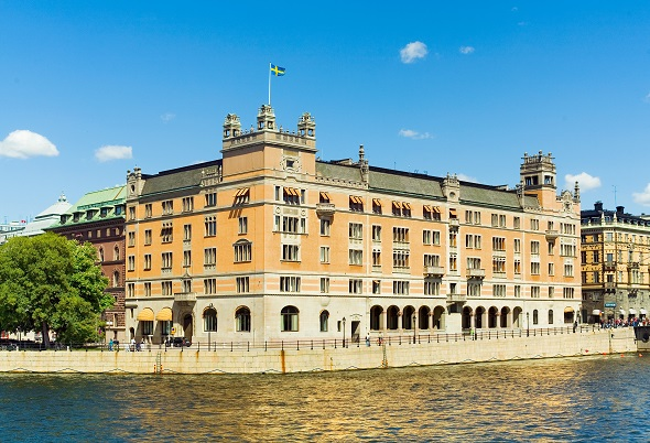 İsveç Hükümeti de Dinlenmiş!