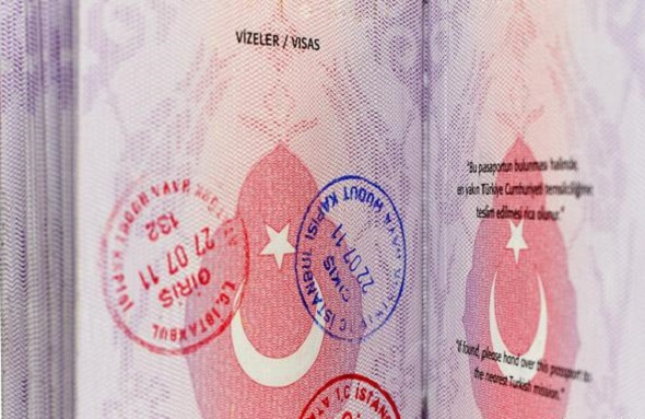 TÜRKİYE'DEN 615 DEVLET ÇALIŞANI ALMAYA'YA İLTİCA ETTİ