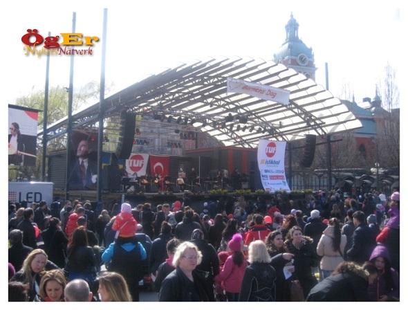 Ulusal Egemenlik ve Çocuk Bayramı Stockholm'da Büyük Coşkuyla Kutlandı
