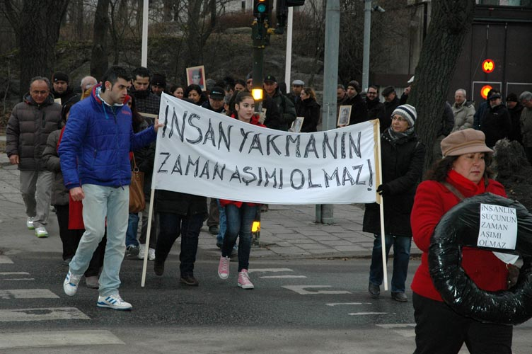 Kadıköy Sivas Katliamını Protesto ediyor